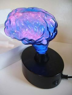 Novelty brain lamp
