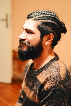 Hipster Haircut For Men Mens Braids Hairstyles, Hipster Hairstyles, Teen Hairstyles, Beard Styles For Men, Hair And Beard Styles, Long Hair Styles, Curly Braids, Curly Hair Men, Men's Hair