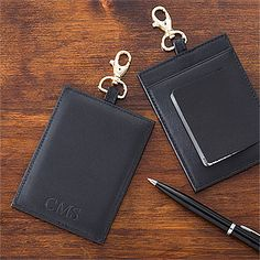 Personalized Leather Luggage Tags - these are really nice and would look awesome with my luggage! #Travel