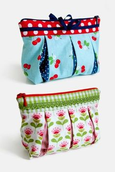 """Free cosmetic bag sewing pattern Susie - The pattydoo cosmetic bag """"Susie"""" is not only a practical storage for small things, but also a pret - Bag Patterns To Sew, Sewing Patterns Free, Sewing Tutorials, Sewing Projects, Free Pattern, Bag Sewing, Embroidery Bags, Simple Bags, Zipper Pouch"""
