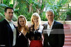Jon Hamm, Elisabeth Moss, January Jones and John Slattery at the 'Mad... News Photo | Getty Images