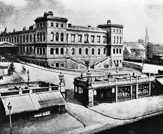 Bishopsgate Station, 1863, rebuilt as a 2 level goods yard, remaining in use until 1964. Replaced by a new station at Liverpool Street for passengers, 1875.