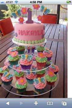 Cupcake tier with smash cake on top