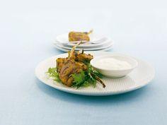 Koteletts vom Lamm mit Joghurt-Dip ist ein Rezept mit frischen Zutaten aus der Kategorie Lamm. Probieren Sie dieses und weitere Rezepte von EAT SMARTER!