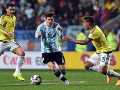 Argentina 0 Colombia 0 p) in 2015 in Vina del Mar. Lionel Messi goes in the attack with only seconds left in the Quarter Final at Copa America. Messi 2015, In 2015, Lionel Messi, Sports, America's Cup, Del Mar, Colombia, Argentina, Hs Sports