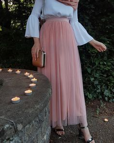 Discover recipes, home ideas, style inspiration and other ideas to try. Long Skirt Fashion, Abaya Fashion, Muslim Fashion, Modest Fashion, Hijab Style, Hijab Chic, Casual Hijab Outfit, Casual Dresses, Eid Outfits