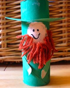 For more Saint Patrick's day craft, visit our board; pinterest.com/...