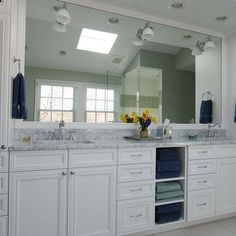 Double Vanity With Towers Design, Pictures, Remodel, Decor and Ideas - page 6