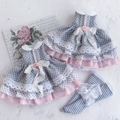 1 million+ Stunning Free Images to Use Anywhere Baby Dress Design, Baby Girl Dress Patterns, Doll Dress Patterns, Frocks For Girls, Little Girl Dresses, Coat Patterns, Baby Frocks Designs, Baby Doll Clothes, Toddler Dress