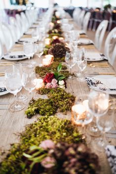 Table decor // moss // ghost chairs // burgundy flowers // farm house // glassware // gold flatware // table setting // black and white // wedding inspiration // fall wedding Moss Wedding Decor, Wedding Decorations, Table Decorations, Garden Venue, Garden Table, Floral Wedding, Fall Wedding, Moss Table Runner, Moss Centerpieces