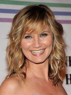 I love Jennifer Nettles' hair!