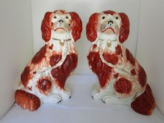 Antique Pair of Early Staffordshire Spaniels Figurine Dogs circa 1850