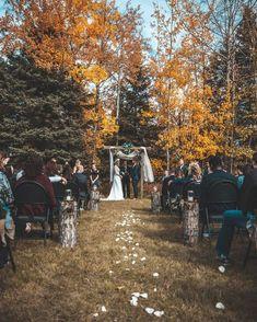 small backyard wedding ceremony ideas wedding ideas small backyard wedding cere… - Un. Backyard Wedding Pool, Elegant Backyard Wedding, Rustic Wedding, Rustic Backyard, Rustic Outdoor, Wedding Vintage, Diy Wedding, Backyard Hammock, Backyard Weddings