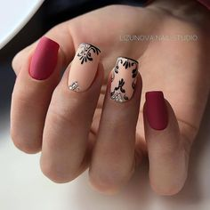 Nail art designs are quite a popular thing amongst girls. Just Explore here and see our Best & Easy Nail Art Designs to make your finger more beautiful. Simple Nail Art Designs, Short Nail Designs, Easy Nail Art, Lace Nails, Red Nails, Hair And Nails, Gorgeous Nails, Pretty Nails, Nail Art Arabesque