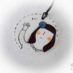 Collana cn ciondolo in ceramica realizzato e dipinto a mano con bimba
