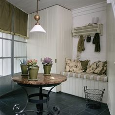 Looking for all our utility room style ideas? Whether you'd like the rustic charm of a country utility rooms, something clean and functional like a modern utility room or the classic styling of a traditional utility room, we've got it covered! Utility Room Storage, Utility Closet, Laundry Storage, Utility Room Designs, Tongue And Groove Panelling, Room Design Images, Entry Hallway, Built In Bench, Mudroom