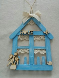 Preschool Crafts That Are Simple And Fun Diy Home Crafts, Crafts To Make, Wood Crafts, Crafts For Kids, Arts And Crafts, Paper Crafts, Lolly Stick Craft, Diy Popsicle Stick Crafts, Popsicle Stick Houses