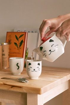 White Cat Tea Set - Urban Outfitters - What more to say other than we just LOVE cool stuff! Crazy Cat Lady, Crazy Cats, Cat Cafe, 21st Gifts, Tea Gifts, Cat Mug, My Tea, Cat Lover Gifts, Gifts For Cat Lovers