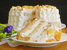Tort cu frisca si ananas Vanilla Cake, Caramel, Desserts, Food, Decor, Kitchens, Kuchen, Sticky Toffee, Tailgate Desserts