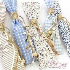gr- Handmade fabric long and slim pouch for a boboniera Baptism Favors, Baptism Gifts, Baby Girl Christening, Little Boy And Girl, Cute Diys, Treat Bags, Wedding Favors, New Baby Products, Baby Boy