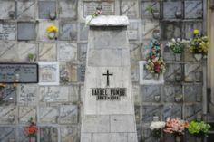 Un recorrido por el Cementerio Central de Bogotá | Tumba Rafael Pombo/ Fuente Cristian Garavito. ELESPECTADOR.COM