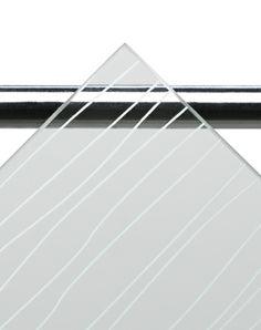 BRIC 4 -suihkukaapin etuseinän lasiksi voit valita kirkkaan tai kuvassa näkyvän kontur-lasin. #Sanka #suihkukaappi #lasi