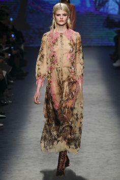 Alberta Ferretti, Look #4