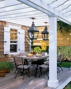 I think this cool Heidi Claire: Cedar Shake Shingle Houses