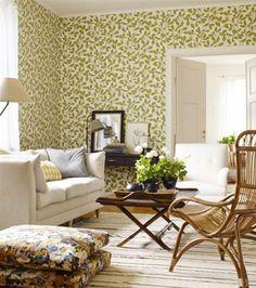 Gorgeous green wallpaper. So unique!