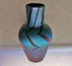 VISUALLY Exciting LUNDBERG Glass VASE Rare 1970s MODERN DESIGN Soft IRIDESCENCE