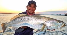 Pro Tactics For Hunting Trophy Redfish, Trout, & Snook