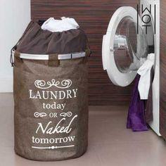 ¡Si no sabes dónde dejar tu ropa sucia, almacénala enlabolsa para ropa sucia vintage Dark Wagon Trend!www.wagontrend.comFabricada en poliésterForro interior con cierre de cordónAnillo superio