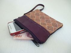Double Brown Leather Coin Bag Removeable Strap. $9.99