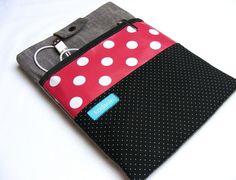 *Stylische Hülle passend z.B. für das iPad* So kannst Du Deinen Tablet schön und sicher in jeder Tasche verstauen. Damit er auch unterwegs immer ge