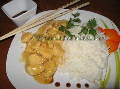 Reteta culinara Pui Thai cu curry si lapte de cocos din categoria Pui. Specific Tailanda. Cum sa faci Pui Thai cu curry si lapte de cocos Asian Recipes, Food Art, Entrees, Grains, Curry, Rice, Meat, Chicken, Curries