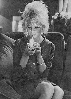 Brigitte Bardot arty pic, please give me this hair!