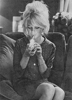 Brigitte Bardot arty pic, please give me this hair!