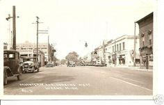 Mi. Ave looking West from Newberry 1934. I didn't know Mi and Newberry crossed. Guess they did back then.photo by Old Wayne Photos