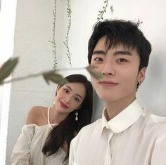 pιnтereѕт | χяσѕєq ♡ Korean Photo, Cute Korean, Korean Ulzzang, Ulzzang Boy, Perfect Couple, Beautiful Couple, Korean Best Friends, Fall In Luv, Asian Love