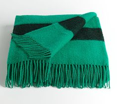 HUDSON'S BAY COMPANY COLLECTION Green Caribou Throw