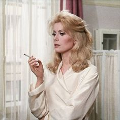 Catherine Deneuve by Luis Buñuel Luis Buñuel pelìcula Belle de Jour https://www.facebook.com/luisbunueloficial/  https://www.facebook.com/luisbunueloficial/photos/a.538730209514351.1073741828.535998186454220/910437419010293/?type=3&theater
