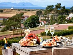 The view from the dinner table at Trump Turnberry is arguably better http://www.faraway-fairways.com/ #scotland #scottishfood #turnberry #trumpturnberry