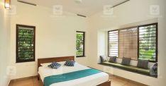ലൂവറുകൾ നൽകിയിട്ടുണ്ട്. ഊണുമുറിയിൽ നിന്നും ഒരു ഗ്ലാസ് Bedroom Window Design, House Window Design, House Front Design, Small House Design, Home Room Design, Kitchen Design, Living Room Kerala, Indian Window Design, Indian Bedroom Decor