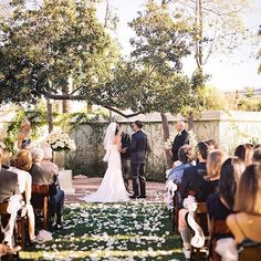 Simply classic wedding at the beautiful and quaint Santa Barbara Club.Venue/Catering: Santa Barbara ClubFloral Design: S. Santa Barbara, Big Day, Backdrops, Dolores Park, Club, Photo And Video, Arch, Travel, Weddings