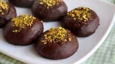 Questi buonissimi biscotti hanno una storia antica, che risale al regno delle due Sicilie e alla dominazione borbonica