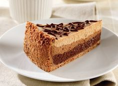 These quick and easy dessert recipes use HERSHEY'S Syrup and more for a simple way to make something delicious. Layered Cheesecake Recipe, Layer Cheesecake, How To Make Cheesecake, Chocolate Cheesecake, Cheesecake Recipes, Köstliche Desserts, Delicious Desserts, Dessert Recipes, Yummy Food