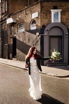 Rock'n'roll bride in London. Photoshoot London, Notting Hill London, London Photographer, 2017 Photos, London Wedding, Baby Daddy, Wedding Photoshoot, Wedding Images, Designer Wedding Dresses