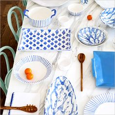 Vietri Modello Dinnerware Plates And Bowls, Salad Plates, Entertainment Table, Paint Stripes, Healthy Meals For Two, White Home Decor, 5 W, Cereal Bowls, Something Blue
