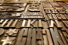 Over 40 free typography resources—font identifiers, downloadable fonts, courses, and more.