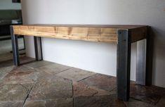 Plataforma asiento de madera con patas metálicas